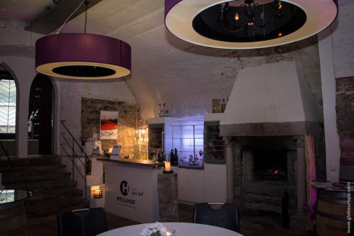 Hellhof Bar